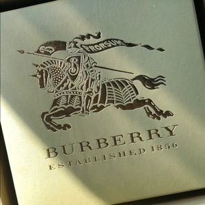 Burberry Accessories - 🍁 CLEARANCE SALE🍁Price as shown